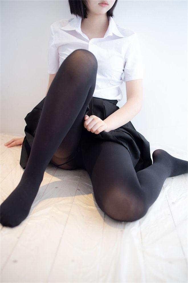 森萝财团-ALPHA-021黑色蕾丝[117P/1.28GB]