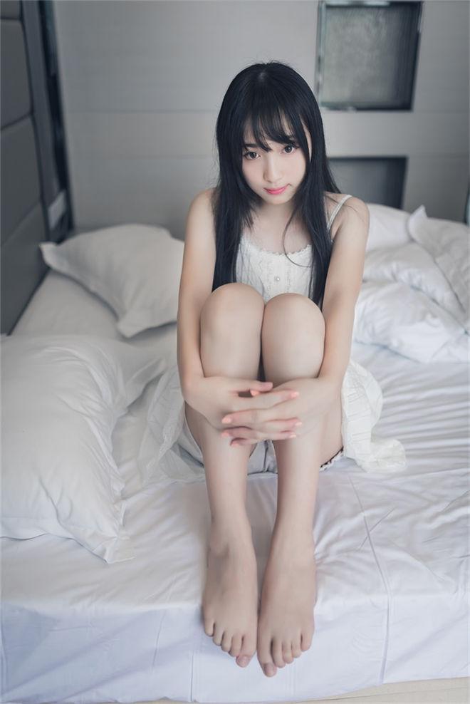 喵糖映画-VOL.006天真无邪的笑容[37P/66MB]
