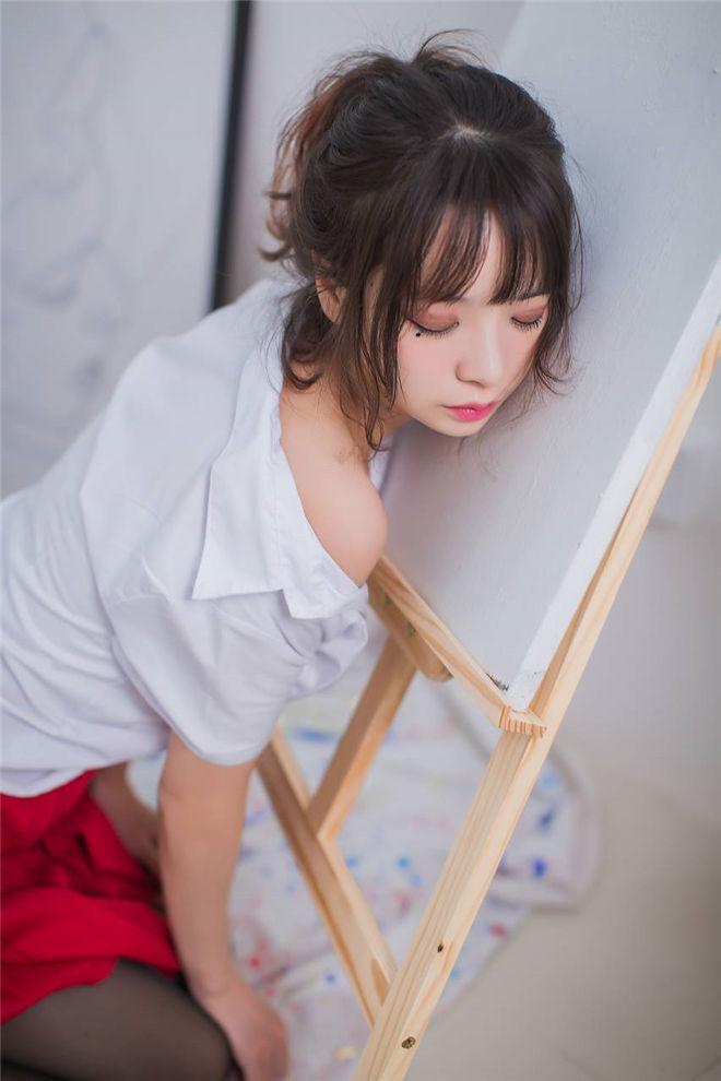 疯猫ss–画室jk黑丝少女[23P/171MB]