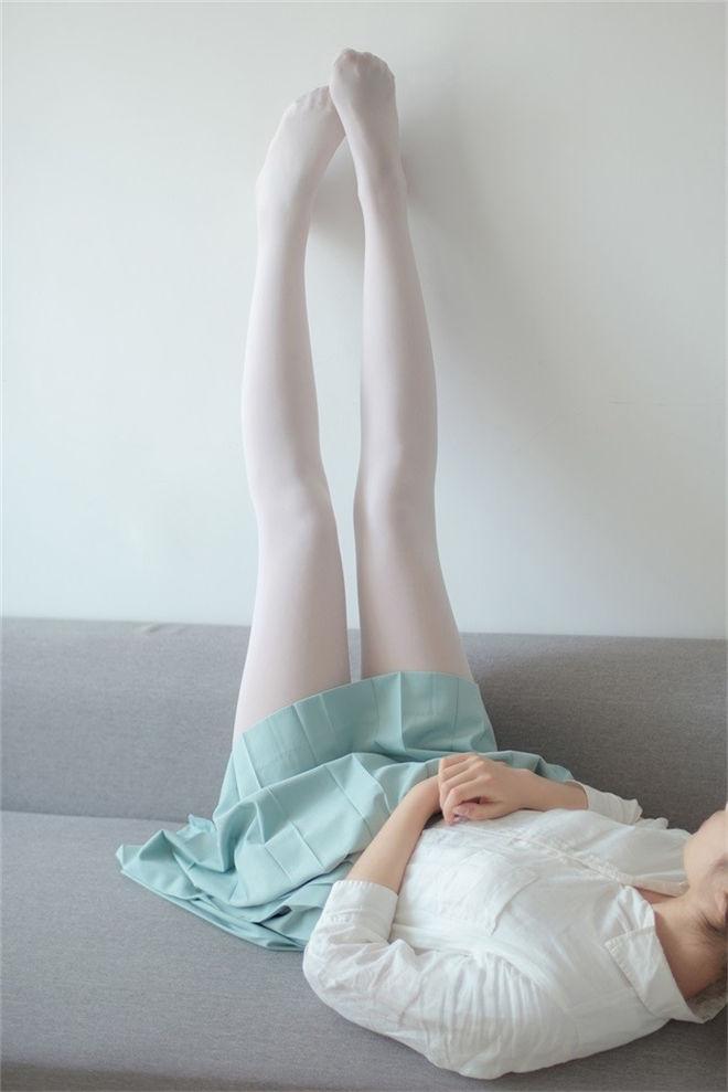 森萝财团-R15系列-003白丝长腿[94P/535MB]