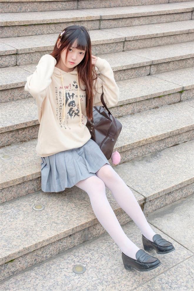 森萝财团-R15系列-040精品写真[131P/864MB]