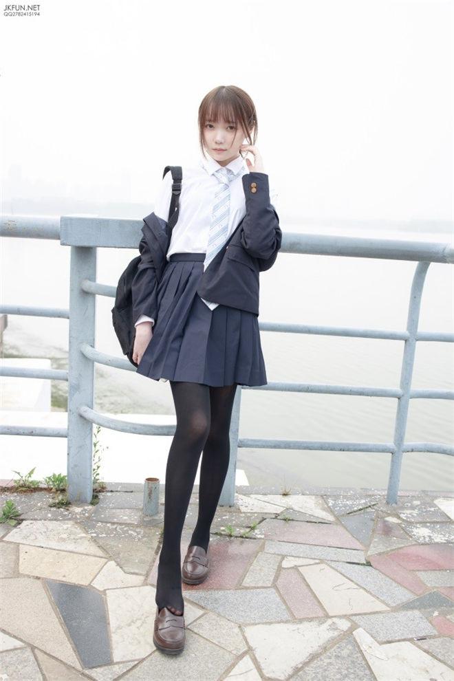 森萝财团-JKFUN-006日系黑丝[140P/1V/2.90GB]
